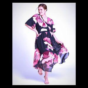 🆕 Lane Bryant Crossover Neckline Floral Fl…